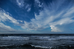 Et partager ce ciel , ce matin ,  avec des Amis..............!
