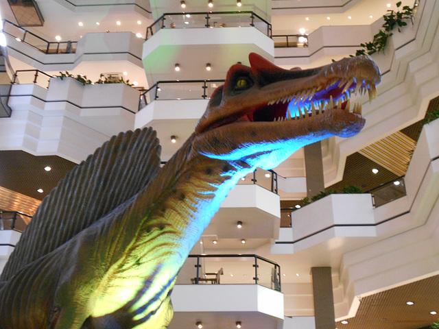 DSCN2743 - Spinosaurus aegyptiacus, Theropoda
