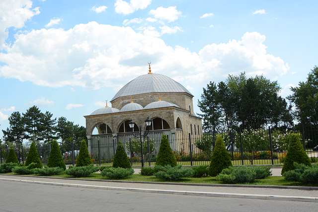 Малая Мечеть на месте разрушенной веками Измаильской крепости / Izmail, The Small Mosque