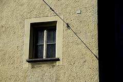 Fenster an schräger Linie