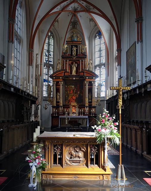 Altar in der Wallfahrtskirche St. Mariä in Marienbaum, Niederrhein