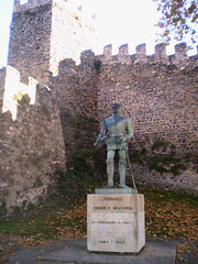 Statue of Dom Fernando, Duke of Bragança (15th century).