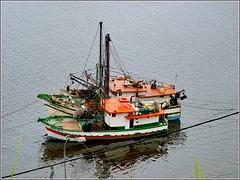 Ilhéus : 3 barche da pesca in attesa