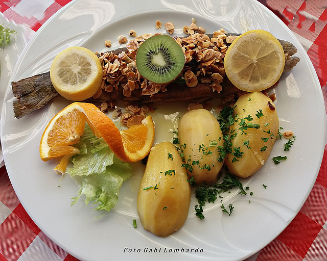 trout with almonds