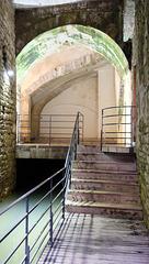 DOLE: Visite de la fontaine aux lépreux. 09