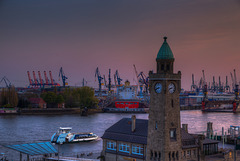 Hamburg. Blick vom Stintfang, 20:40 h. 201605