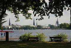 HFF from Hamburg: Die Außenalster von Uhlenhorst