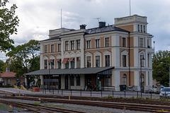 """Bahnhof Västervik - """"Se upp för tåg"""" (PiP)"""