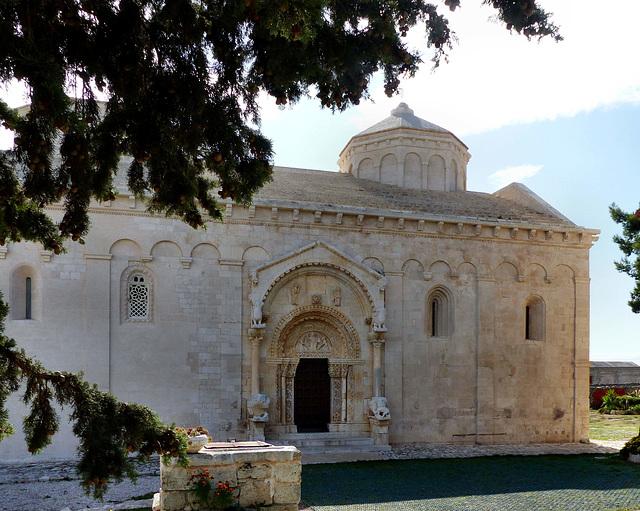 Manfredonia - Abbazia di San Leonardo in Lama Volara