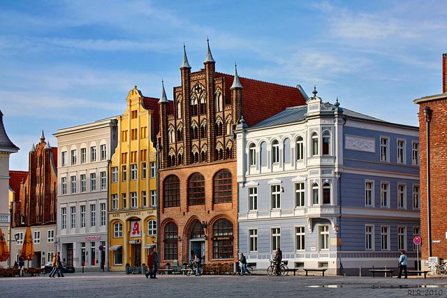 Stralsund, Wulflamstuben am Markt