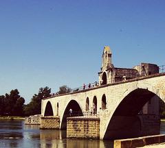 ...sur le Pont d'Avignon...