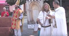 """Publika teatraĵo de Sanktaj Kirilo kaj Metodo - dum la urba solenaĵo en Svitavy """"Pilgrimo al Sankta Egidio"""""""