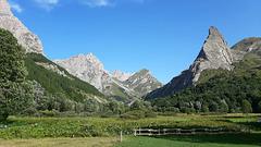 Rough mountains, sweet plains.