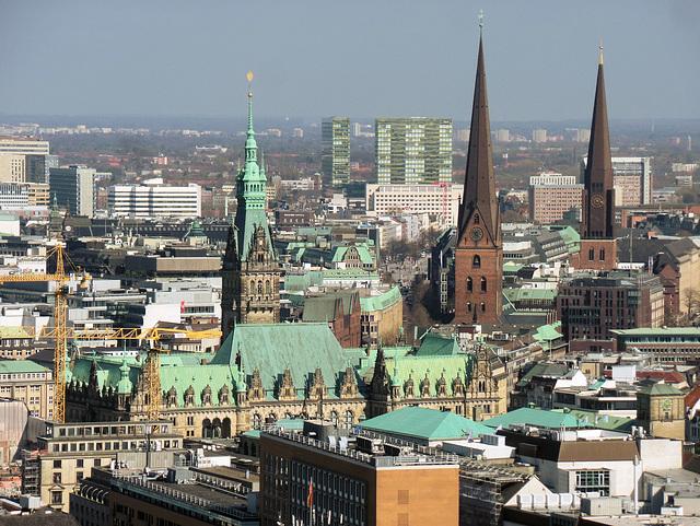 Blick vom Turm St. Michaelis (siehe auch PiPs)