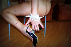 Madame Tissot / Talon Haut en Main....