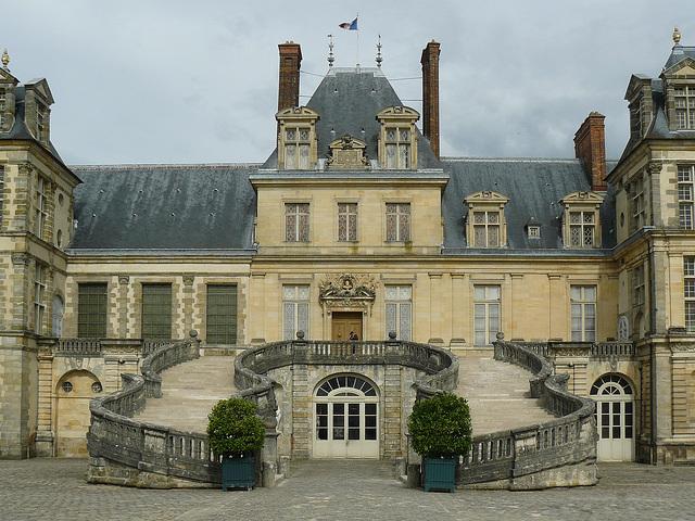 Fontainebleau bien sur !