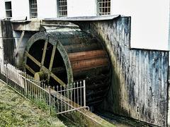 Ober-Schlächtiges Wasserrad