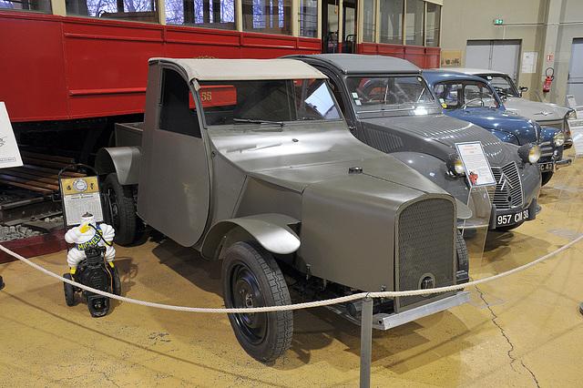 Un des ancètres de la 2 Ch. Citroën (1943)