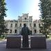 Denkmal für Dmitri Mendelejew