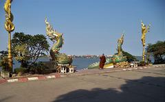 Profession: moine photographe (Laos)