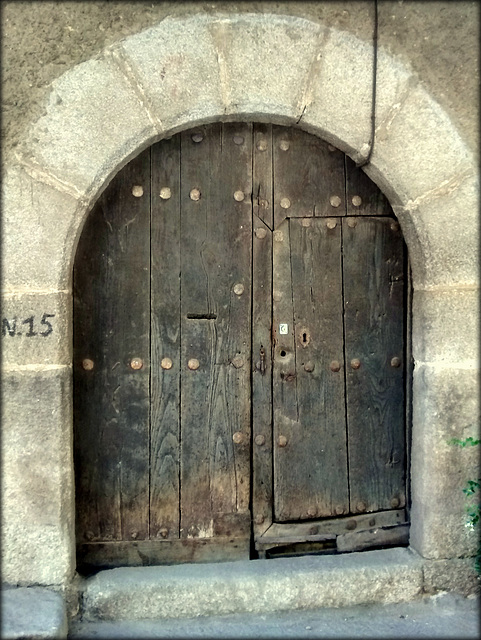 Number 15. Old door. Not sure why they gave up on the wider door. Maybe the corners not clearing the arch might have had something to do with it!