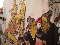Street art at Alfama, Lisbon - Gossip.