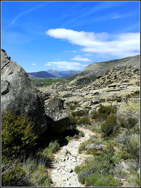 Winding path to the far mountains
