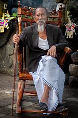 Pedanda priest at Beji Griya temple