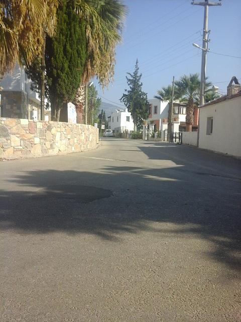 Mandi's road - very quiet
