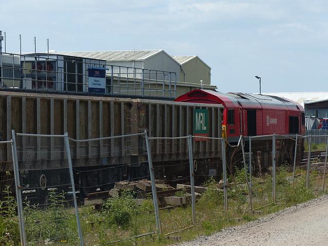 DB Schenker 59206 at Chichester (1) - 19 June 2015