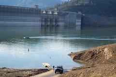 Shasta Dam  Centimudi boat ramp (1138)