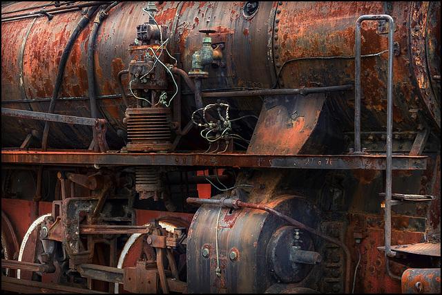 Abandoned Trieste - FS 740-095 rusty steam