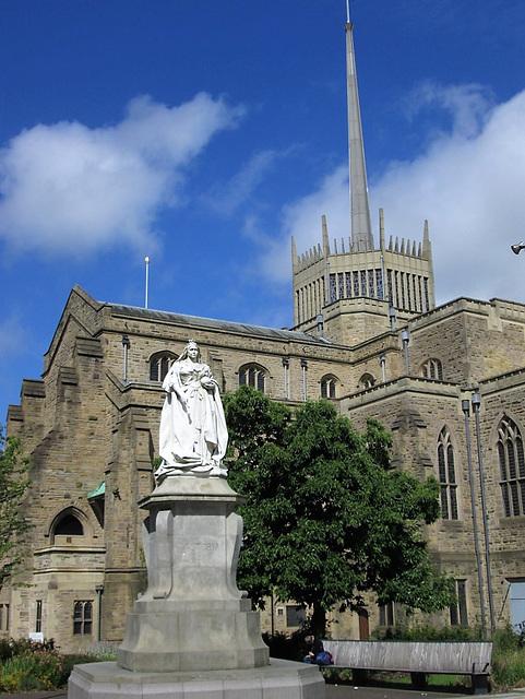 Queen Victoria statue (1905)