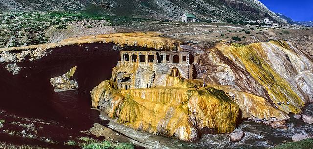 Puente del Inca - 2744 m