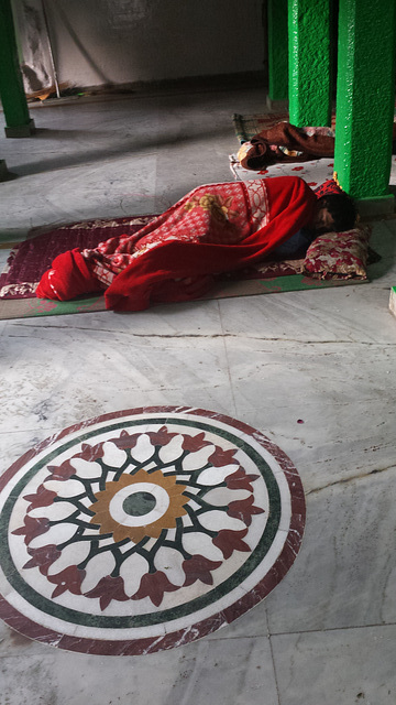 Sleeping in a dargah