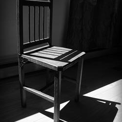 Chair Awaiting