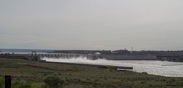 McNary Dam WA (#0406)