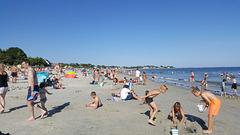 La grande plage de Carnac par beau temps