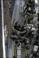 Commandos boarding