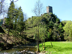 DE - Manderscheid - Niederburg and Lieser creek