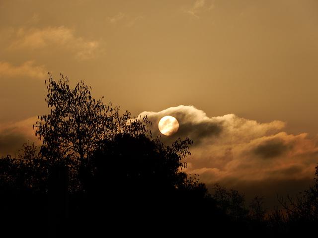 le soleil descend,