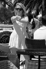 Hvar - crème solaire 4 - bras droit