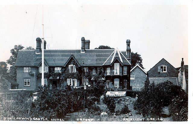 Crown and Castle Hotel,Orford, Suffolk c1910