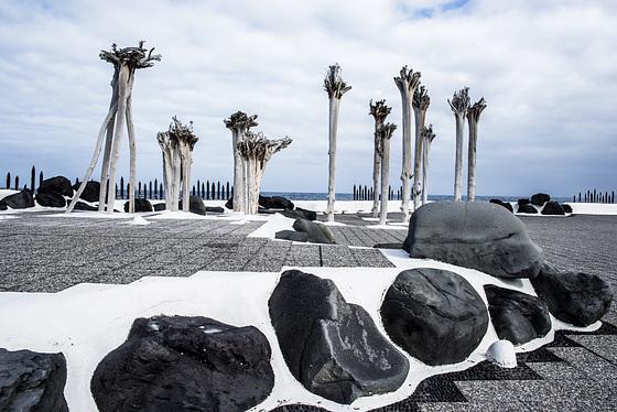 Lago Martianez. Tenerife. Obra de César Manrique.