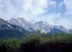 Fahrt durch die Alpen. (Diascan)