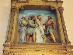 9. Jezus apnůgintas.