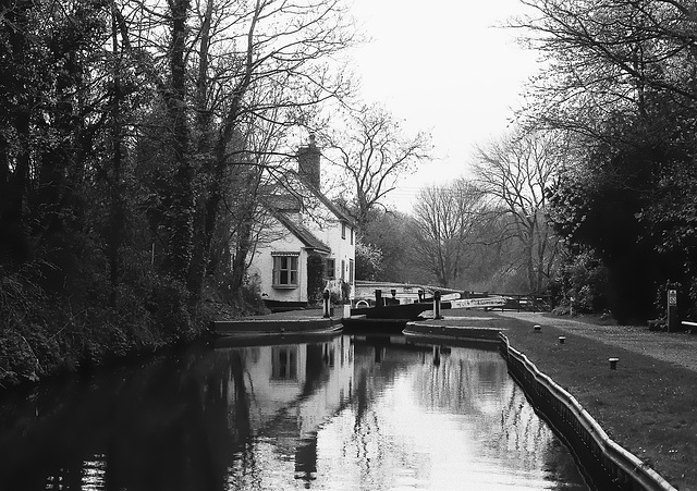 Lock house on the Staffordshire and Worcestershire Canal