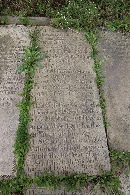 Walton Memorial, Illingworth Churchyard, West Yorkshire
