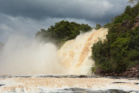 Venezuela, Canaima, Vadaima Waterfalls