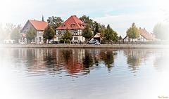 Häuser am Teich (PiP)